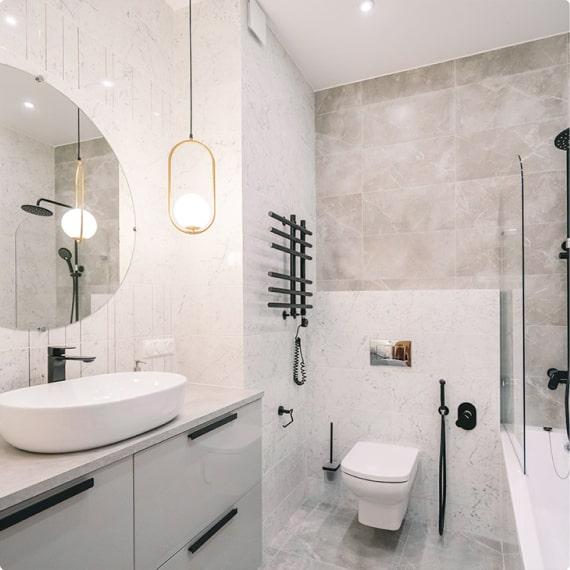Дизайнерский ремонт ванной на Пионерской, д. 50